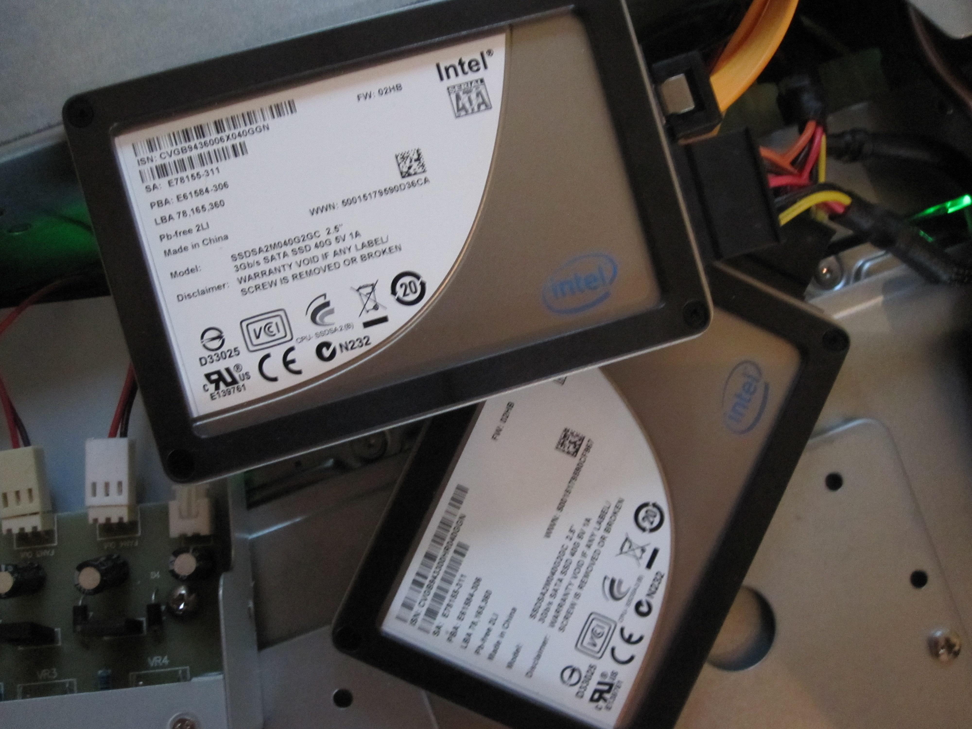 Intel X25-V 40GB in RAID 0 on an Intel ICH10R