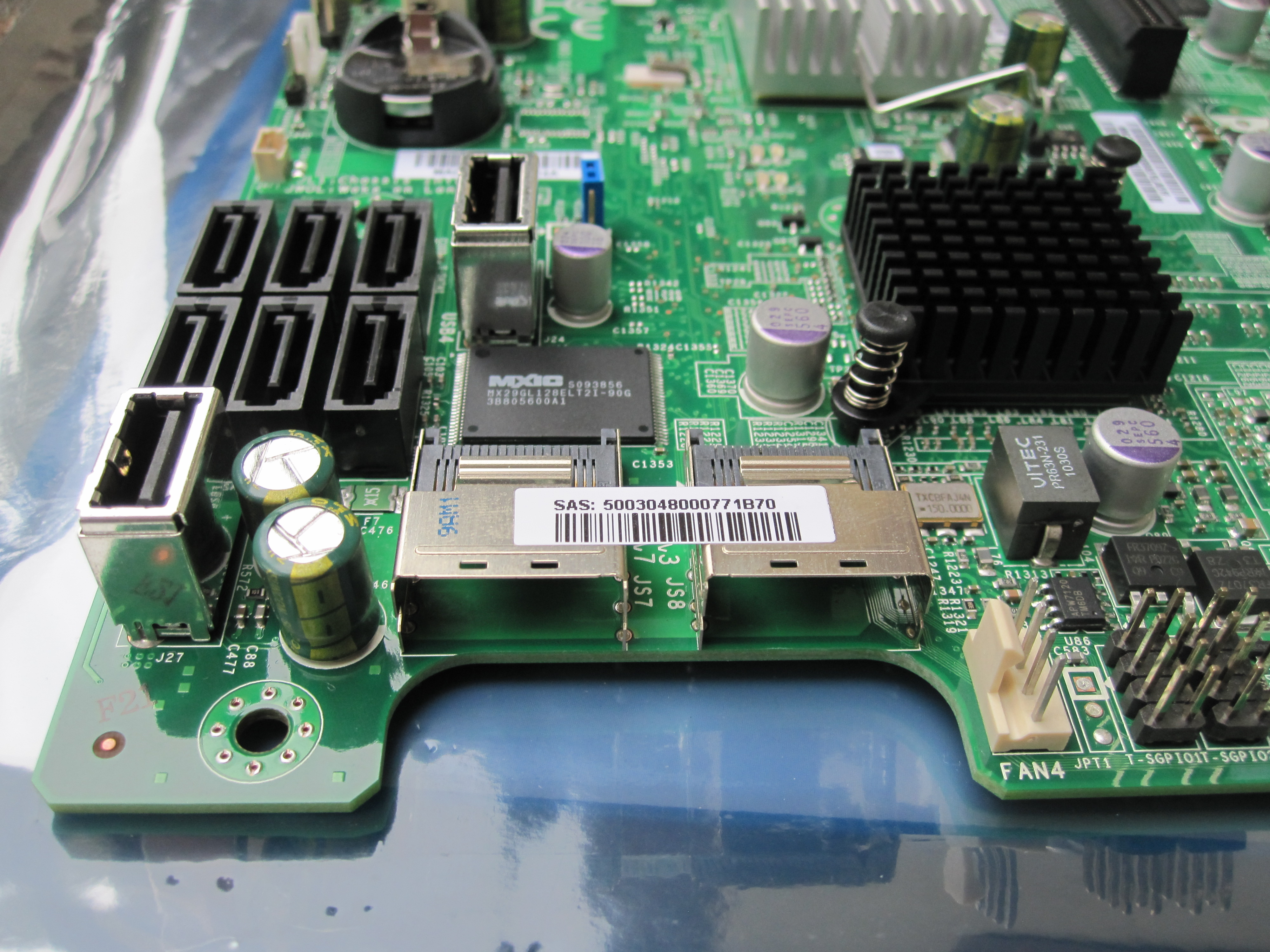 Supermicro X8SI6-F Motherboard Review Onboard LSI SAS 2008