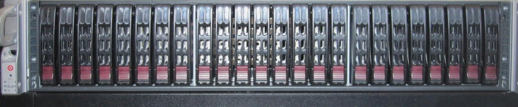 SC216E1-R900 Front View of Hot Swap Bays