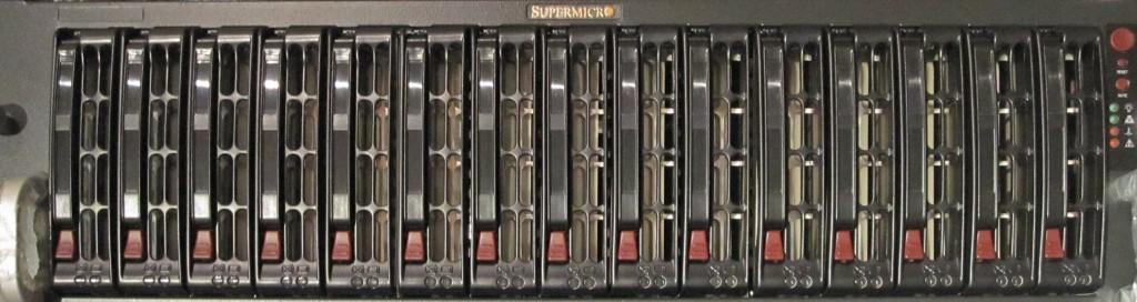 SC933T-R760B Drive Bays