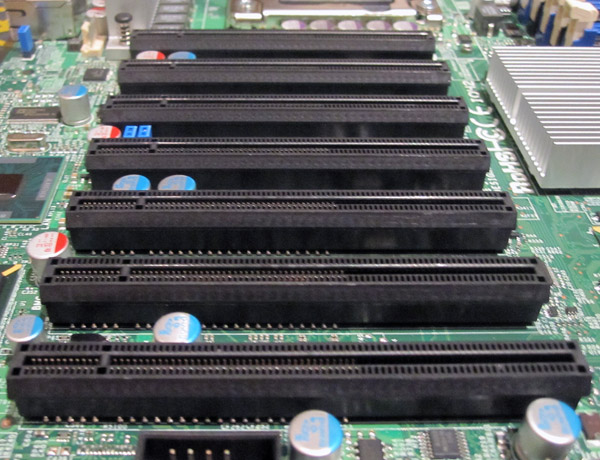 Supermicro X8DTH-6F 7x PCIe x8 Electrical x16 Physical Slots