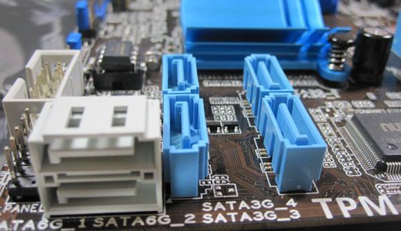 ASUS P8Q67-M SATA Ports