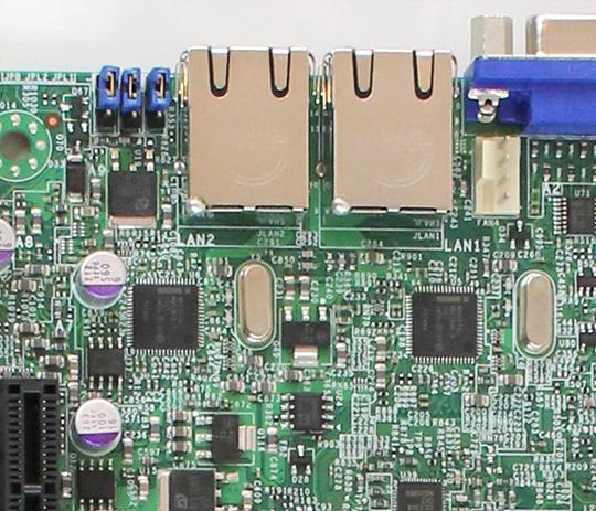 Supermicro X9SCL-F Intel 82574L