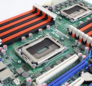 ASUS KGPE-D16 G34 Socket and DIMMs
