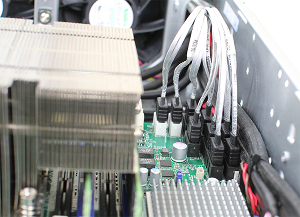 Supermicro Hyper-Speed 6027AX-TRF Internal SATA SAS