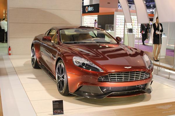 Aston Martin Vanquish CES