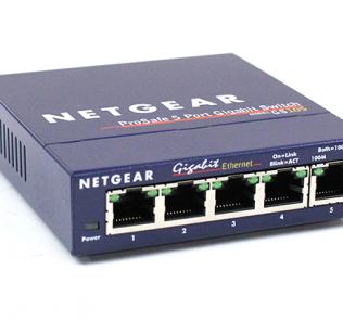 Netgear ProSafe GS105 Gigabit Switch Front