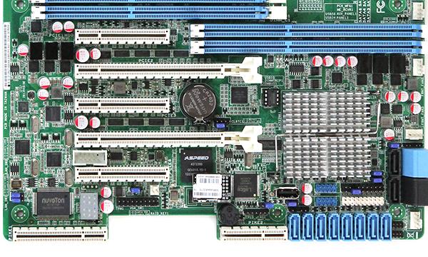 ASUS Z9PA-D8 PCIe Slots