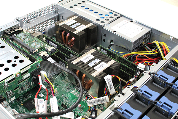 HP DL180 G6 Internal View