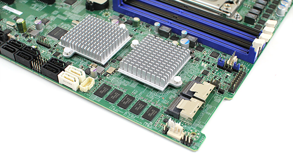 Supermicro X9DRH-7TF LSI SAS2208 Controller Cache and Ports