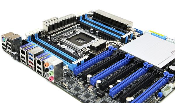 ASUS P9X79-E WS CPU Socket