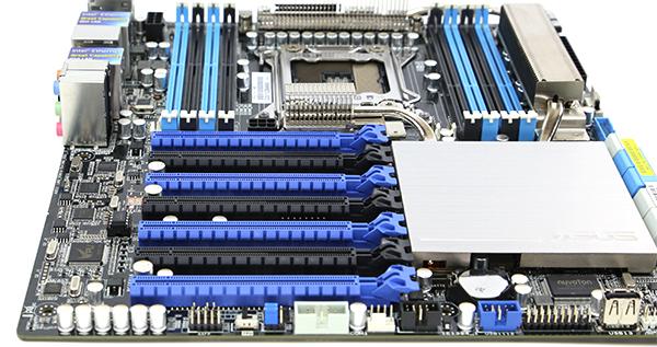 ASUS P9X79-E WS PCIE slots