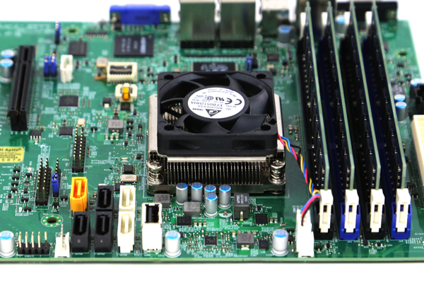 Supermicro A1SAM-2750F Airflow Alignment