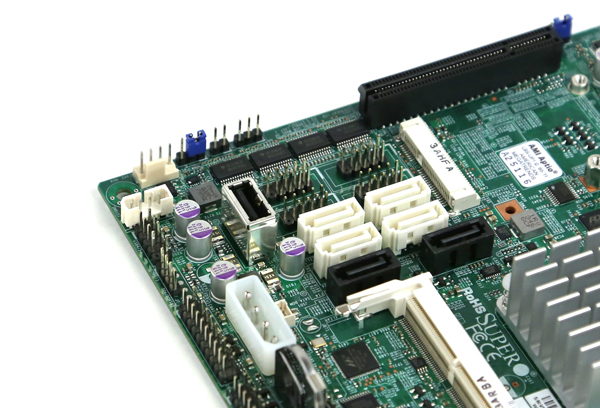 Supermicro X10SBA SATA and USB Type-A