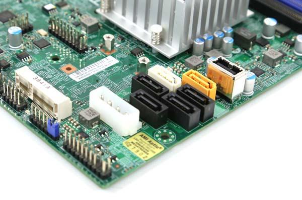Supermicro A1SRM-LN7F-2758 storage
