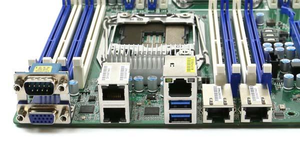 ASRock EP2C612D16-2L2T Rear IO