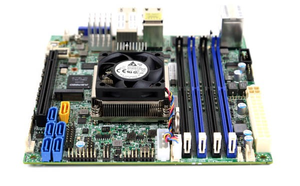 Supermicro X10SDV-TLN4F Xeon D-1540 and Memory