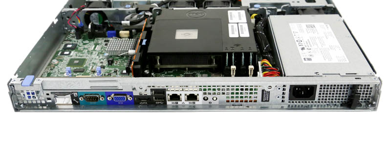Dell PowerEdge R220 - Rear IO
