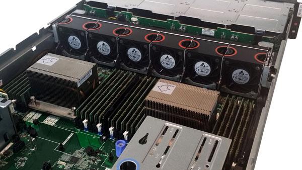 Lenovo ThinkServer RD650 CPU-RAM Area