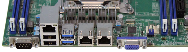 Supermicro X10DRL-i - IO ports
