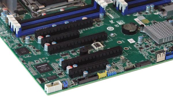 Tyan S7070 Motherboard - PCIe Slots