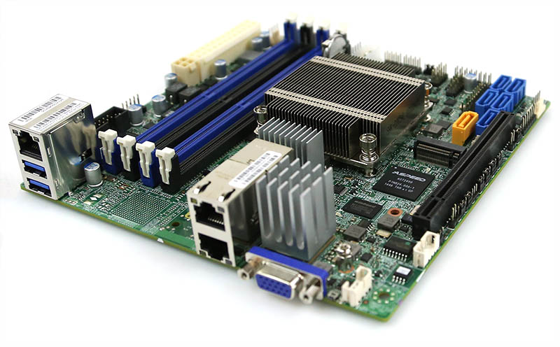 Supermicro X10SDV-4C-TLN2F PCIe and m2 slot