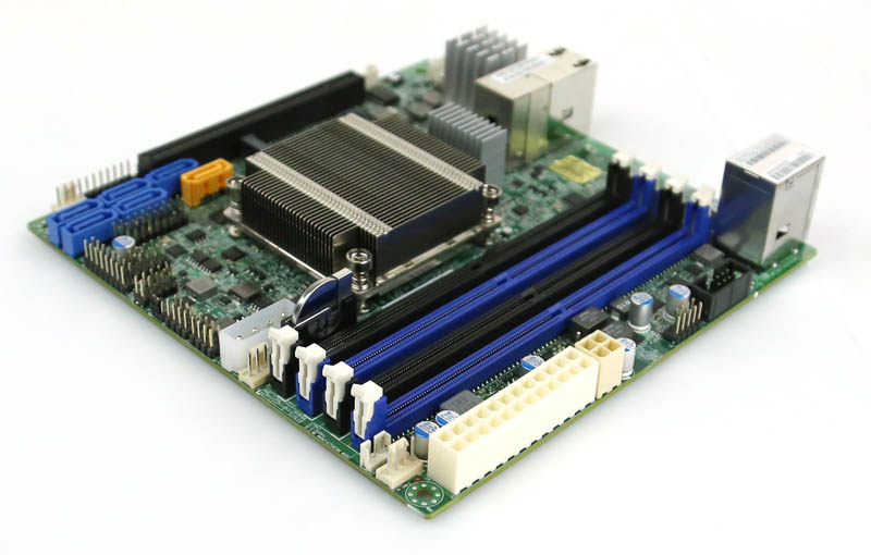 Supermicro X10SDV-4C-TLN2F power connectors