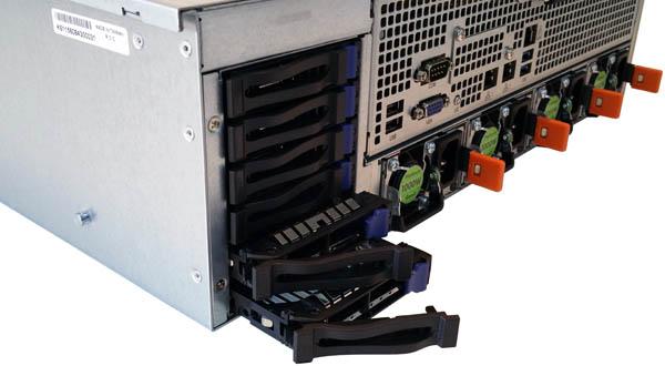 ASRock Rack 3U8G-C612 Drive Bays