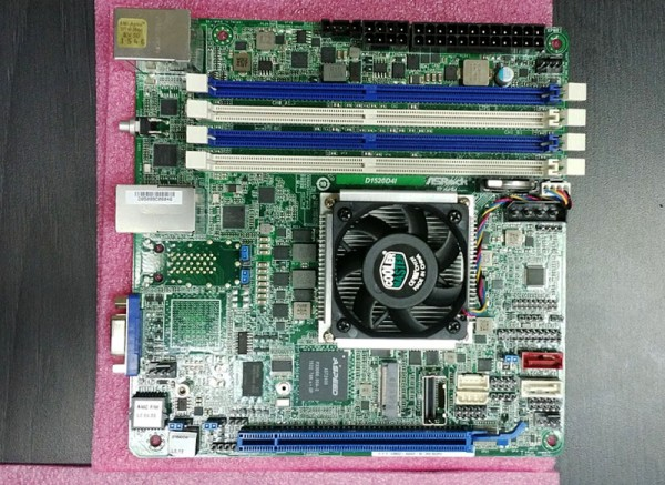 ASRock Rack Xeon D-1520 mITX