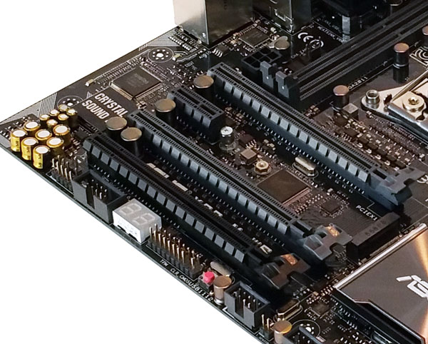 ASUS X99-M WS PCIe Slots