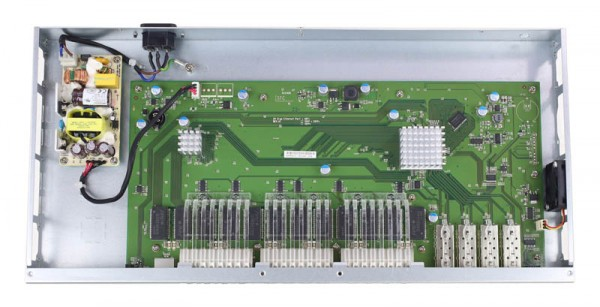 D-Link DGS-1510-28X internal overview