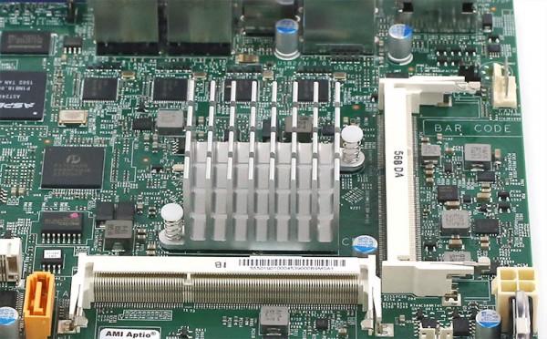 Intel Pentium N3700 - SoC onboard