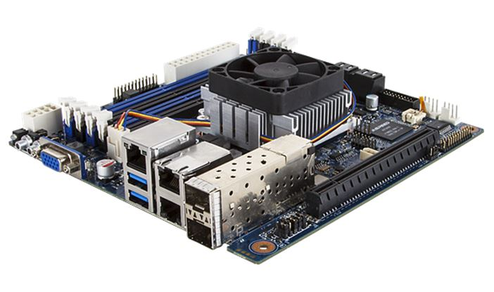 Gigabyte MB10-DS4 three quarter view