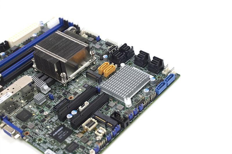 Supermicro X10SDV-7TP8F - Storage View