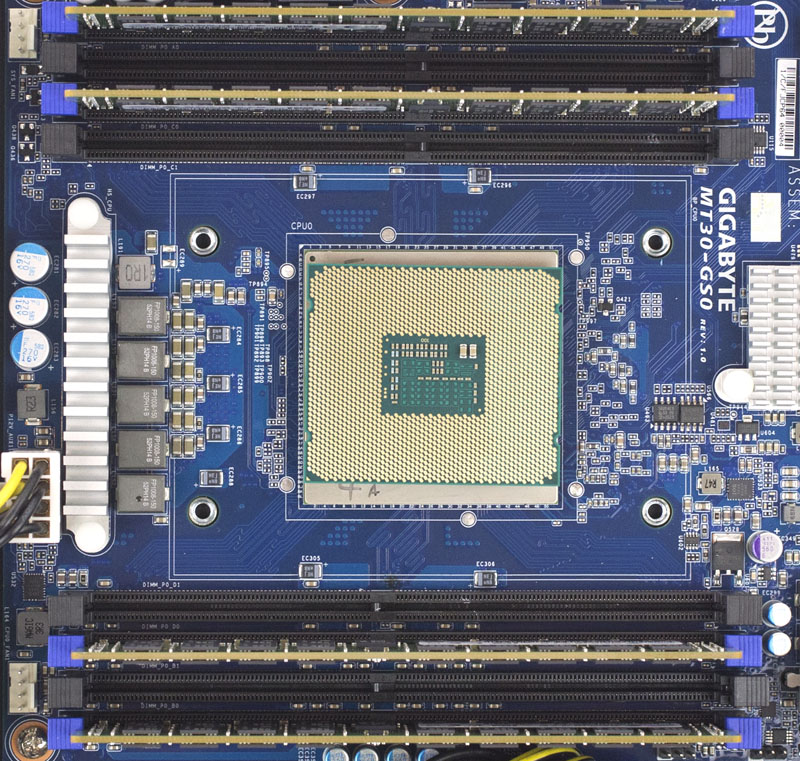 Gigabyte R120-T30 - Cavium ThunderX UP - SoC with LGA2011-3 atop
