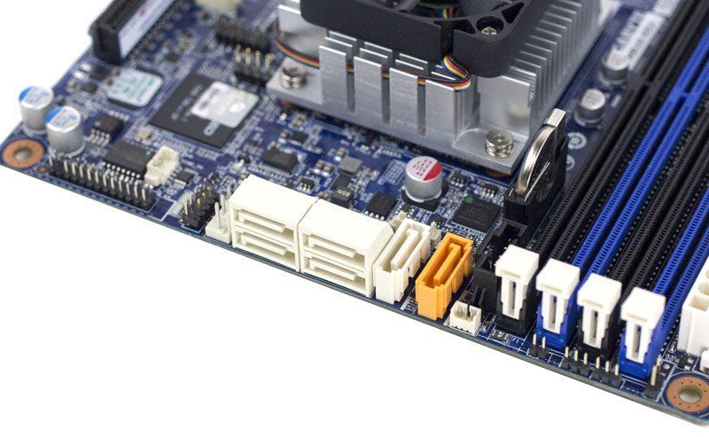 Gigabyte MB10-DS3 SATA ports