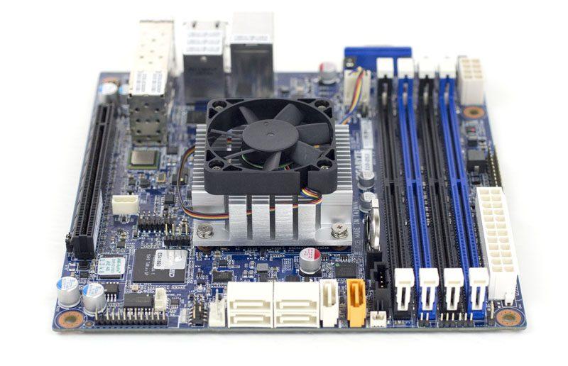Gigabyte MB10-DS3 airflow