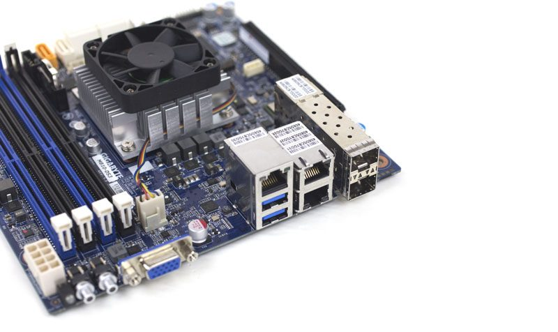 Gigabyte MB10-DS3 network