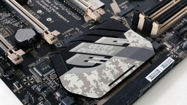 Gigabyte X170 Extreme ECC - Chipset Heat Sink