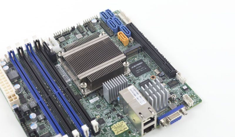 Supermicro X10SDV-2C-TLN2F m2 and PCIe x16