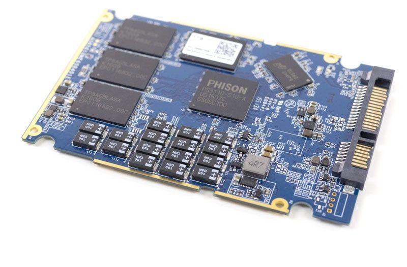 Phison S10DC PLP Capacitors