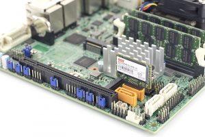 Innodisk SATADOM SL 3ME3 V2 128GB In Supermicro Gold Powered Port