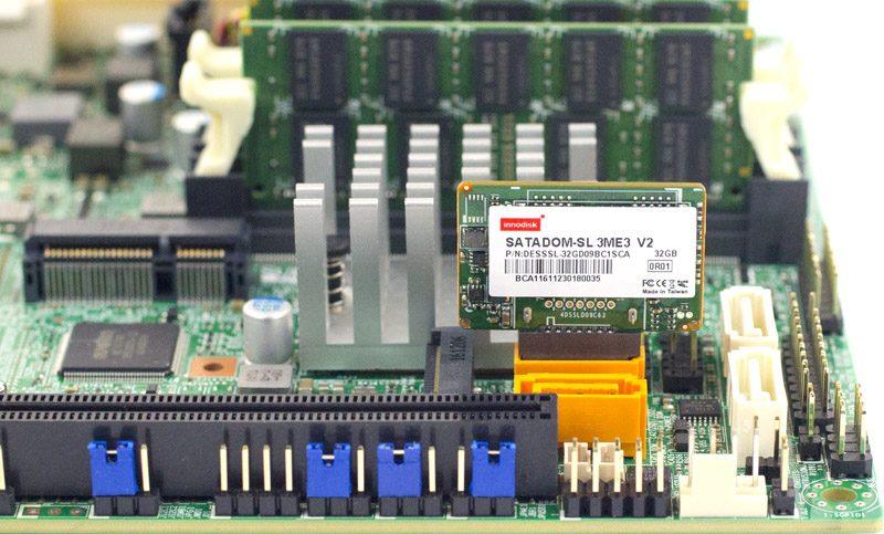 Innodisk SATADOM SL 3ME3 V2 32GB Installed