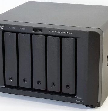 Synology DS1517+ Right 45
