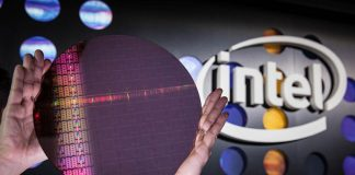 Intel Skylake SP Wafer And Logo