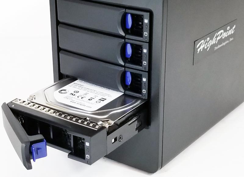 HighPoint RocketStor 6114V HDD Install