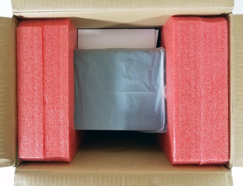 HighPoint RocketStor 6114V Packaging