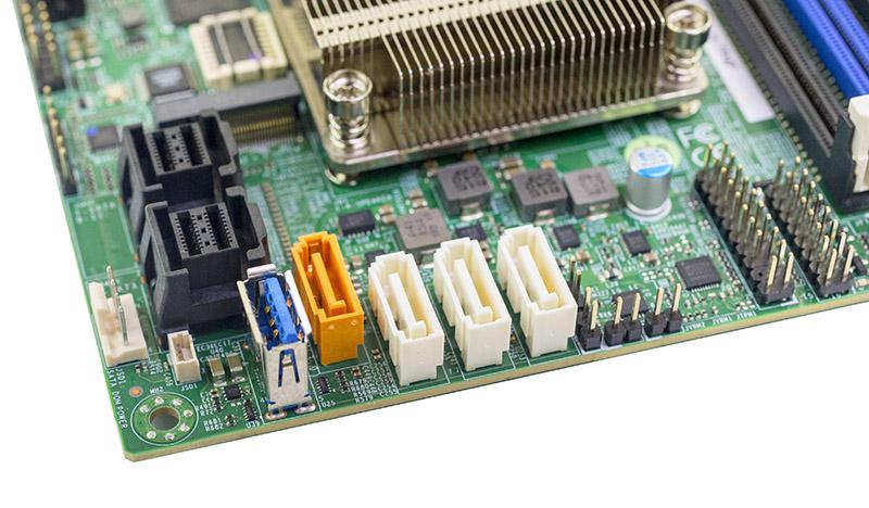Supermicro A2SDI H TP4F Storage