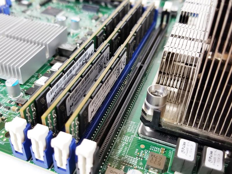 Supermicro X11DPi NT Memory Slots