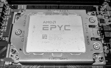 AMD EPYC 7301 In Socket